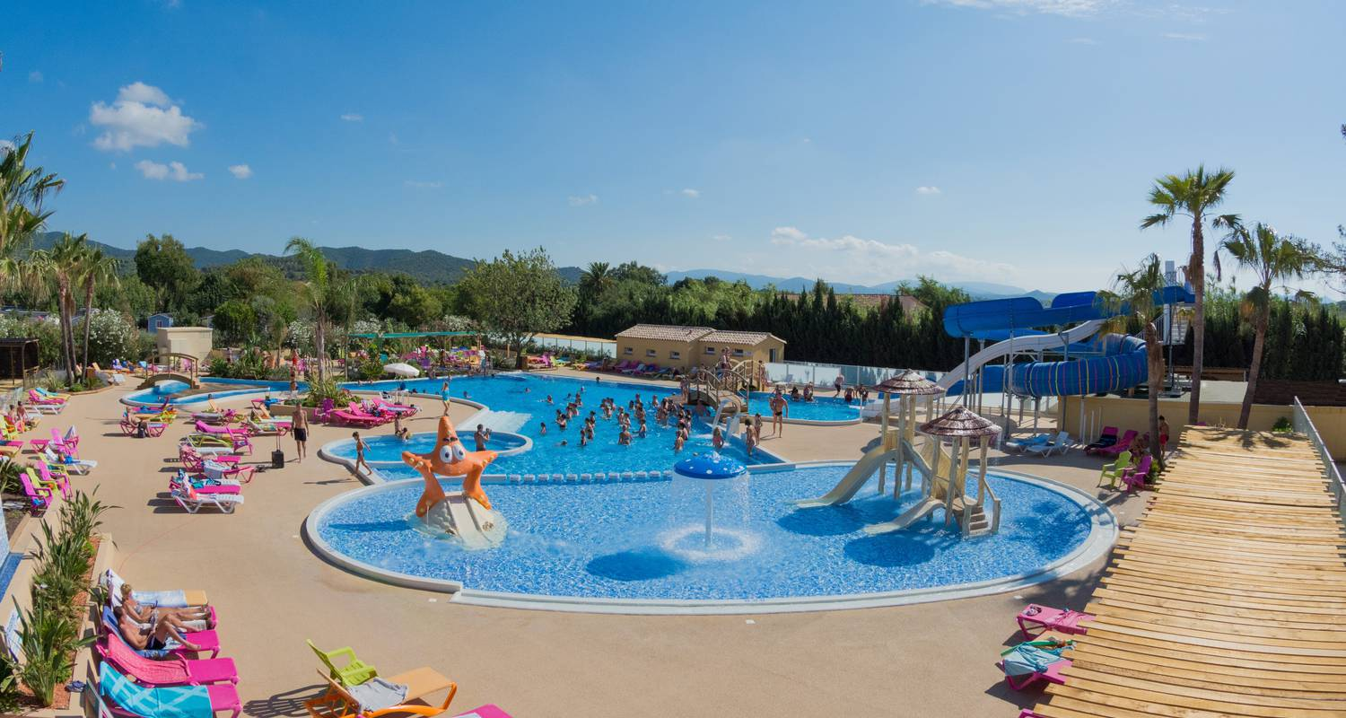 Camping pitches: campsite port pothuau in hyères (121906)