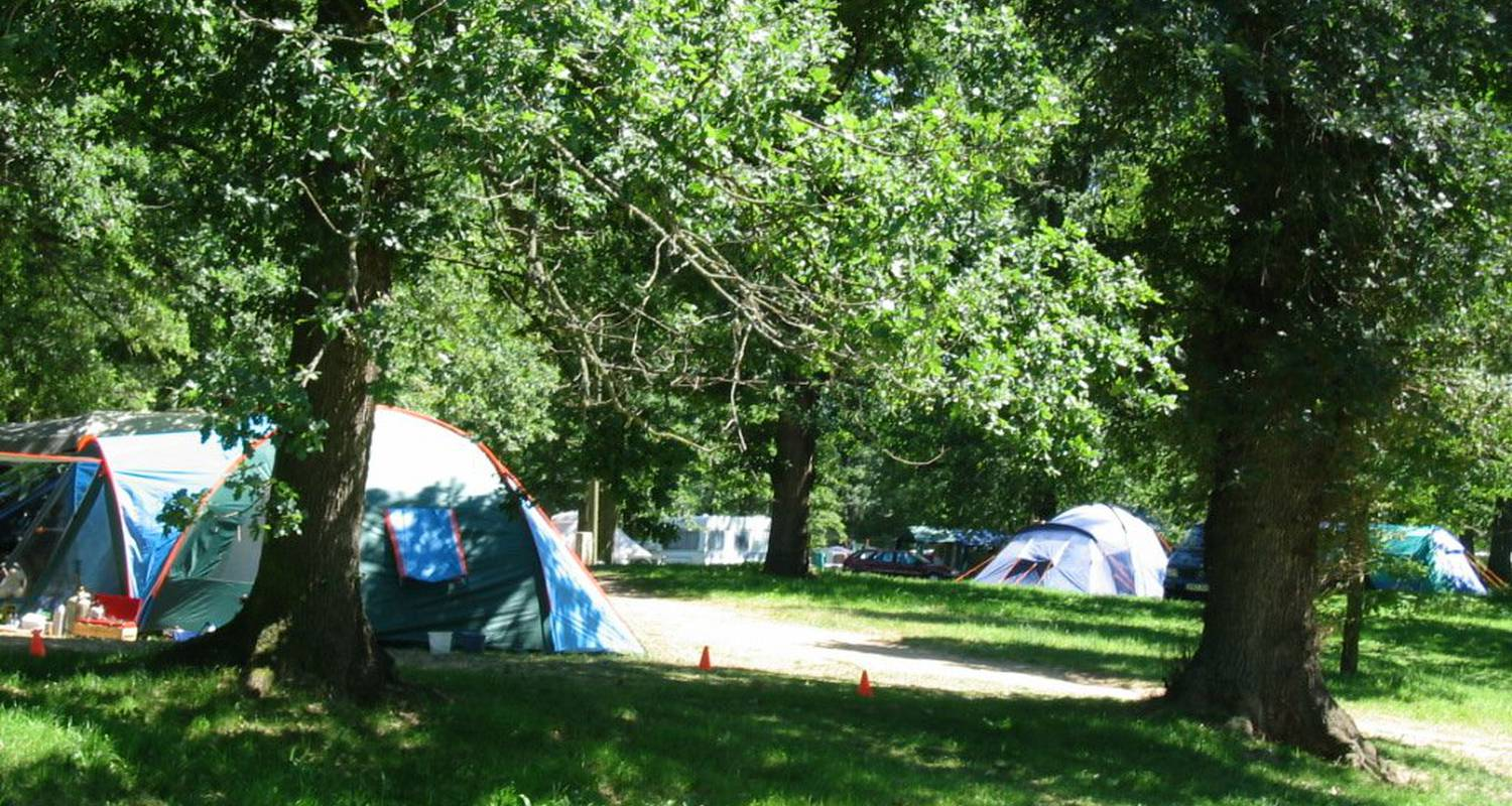 Camping pitches: camping des gorges de l'allier in langeac (122172)