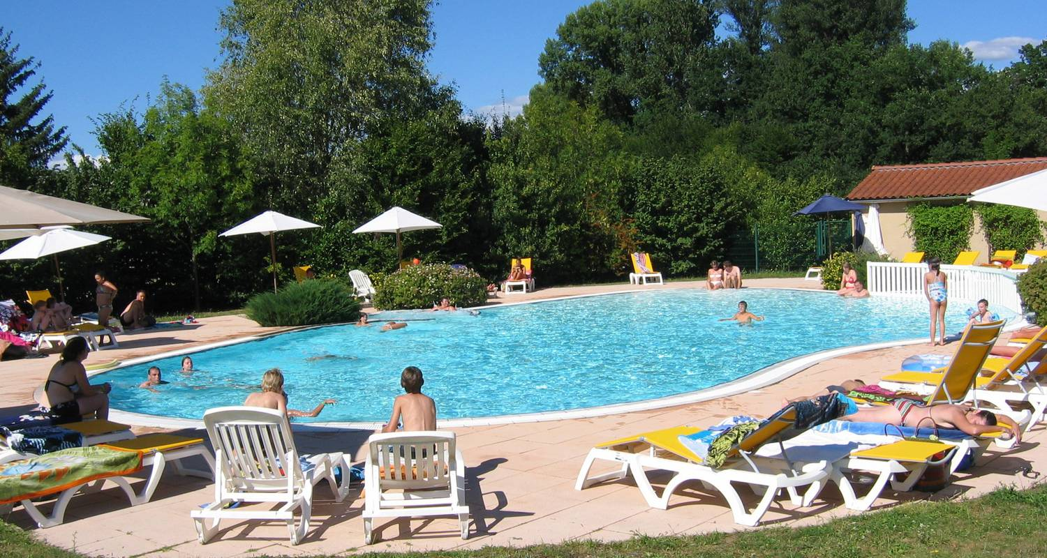 Camping pitches: camping des gorges de l'allier in langeac (122173)