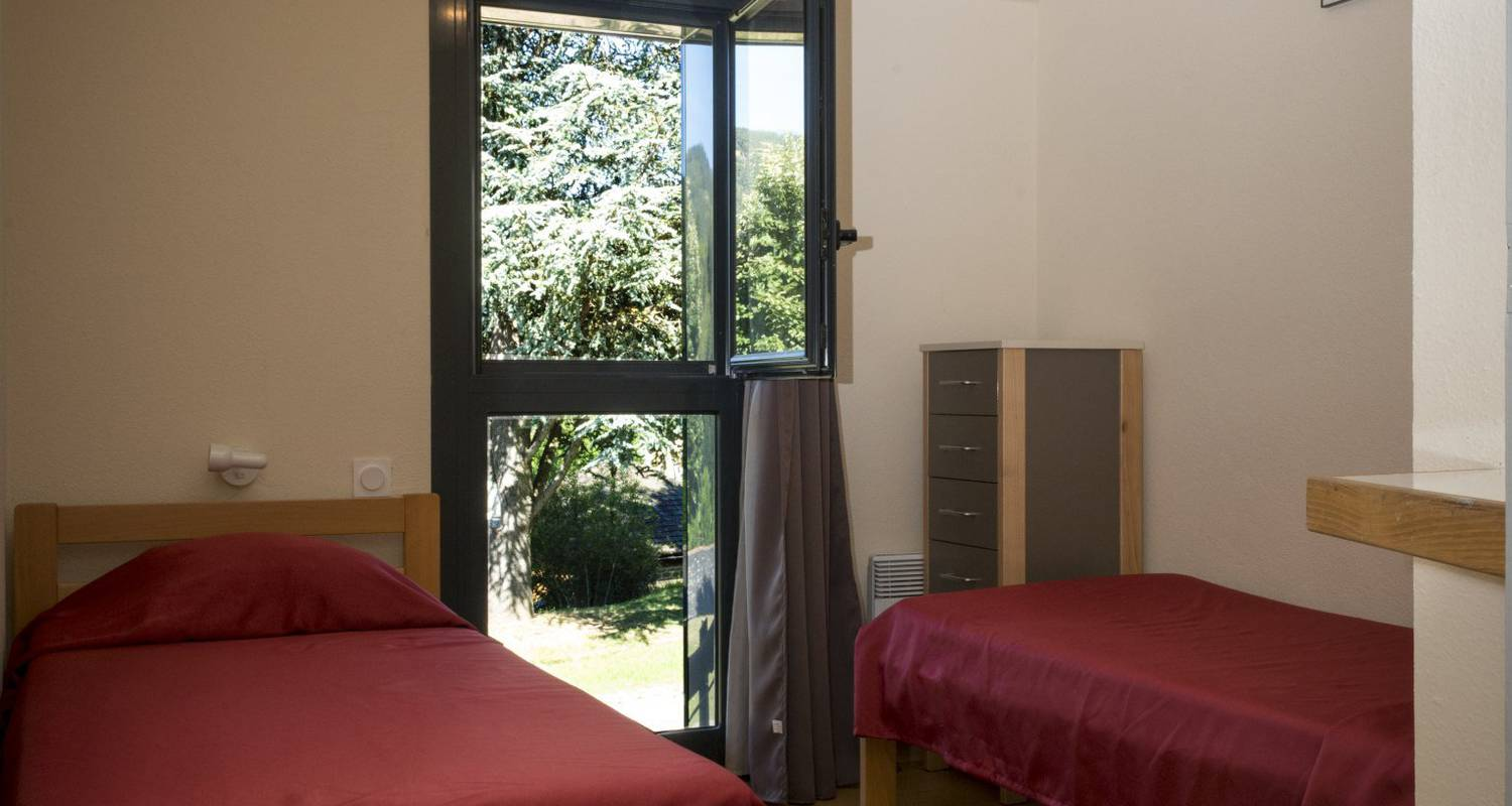 Furnished accommodation:  holiday park domaine aigoual cévennes in meyrueis (122180)