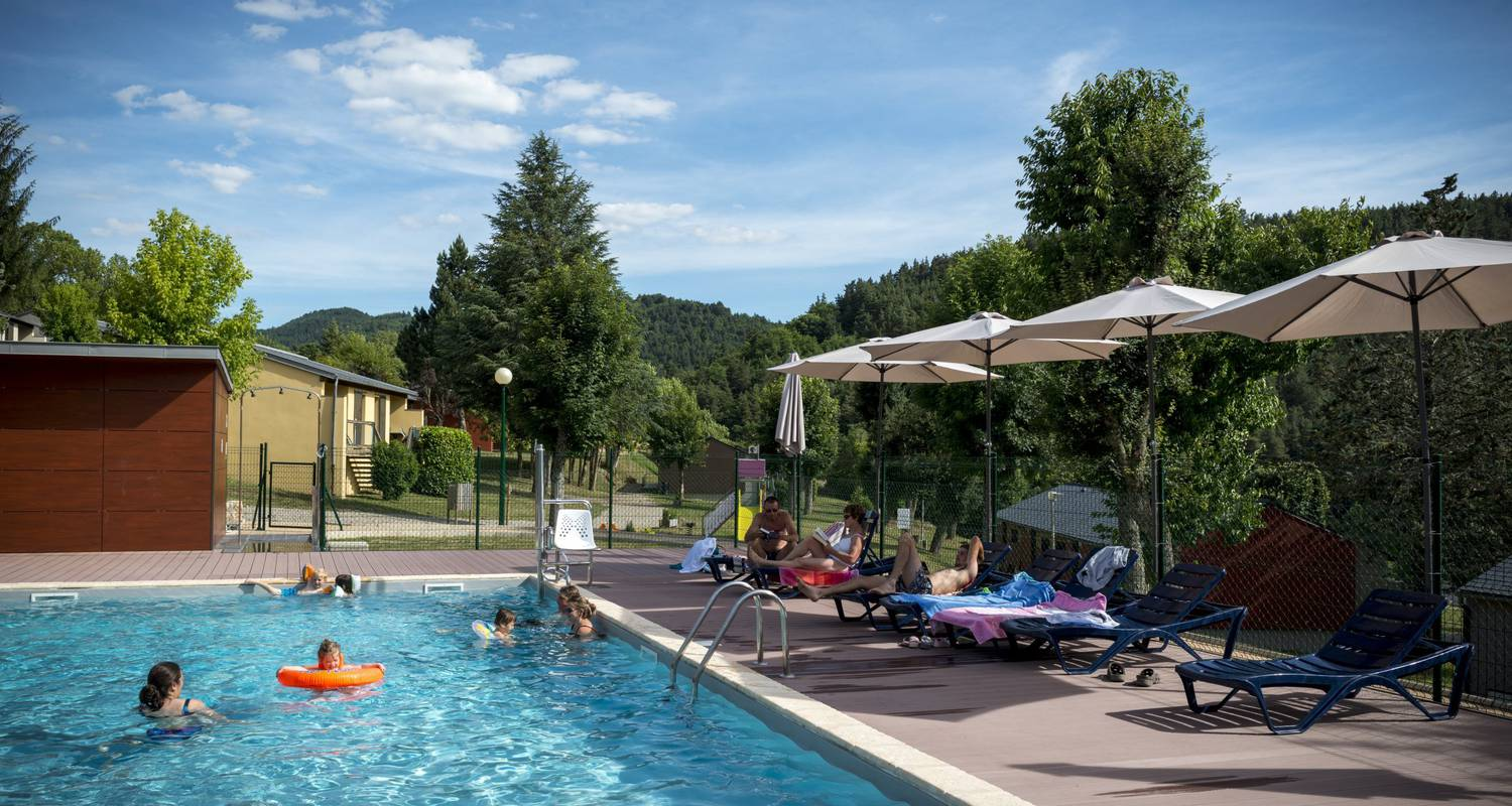 Furnished accommodation:  holiday park domaine aigoual cévennes in meyrueis (122179)