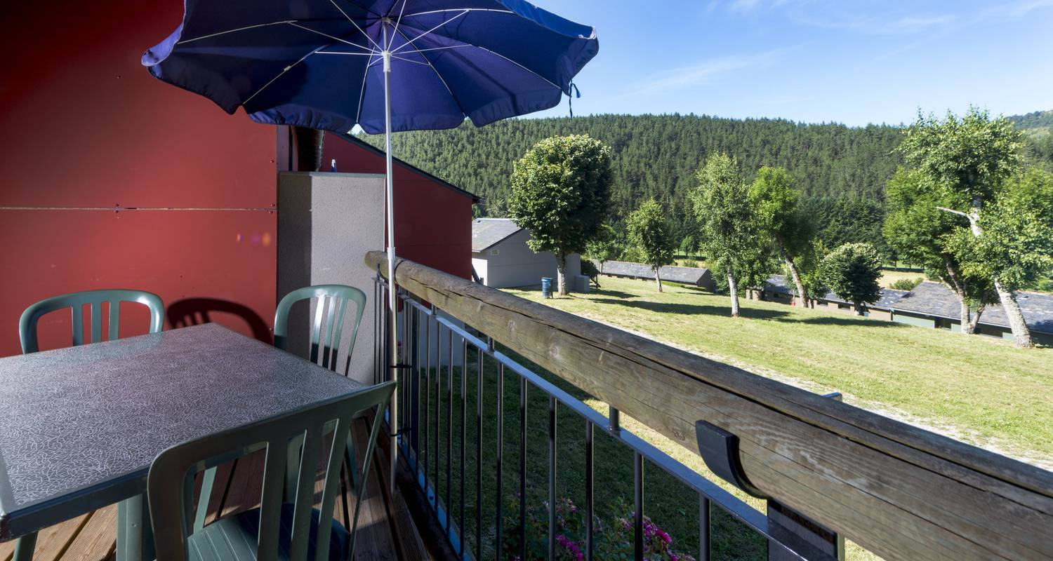 Furnished accommodation:  holiday park domaine aigoual cévennes in meyrueis (122182)