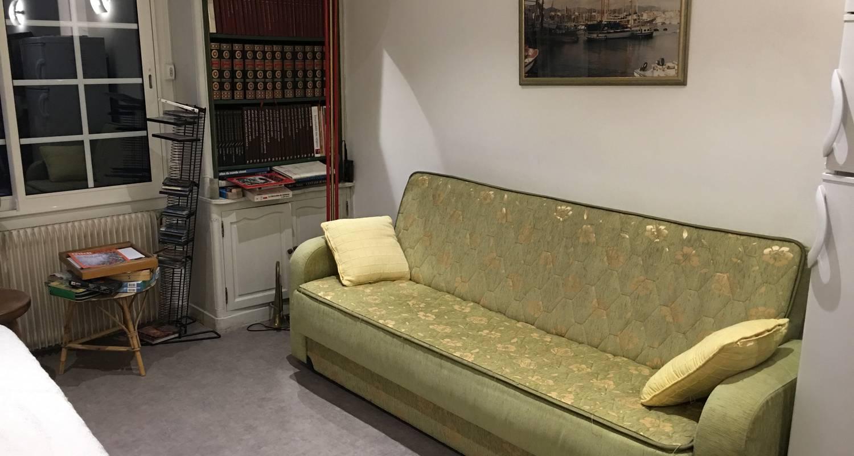 Chambre chez l'habitant: grande chambre tout confort à marseille 12 (131997)
