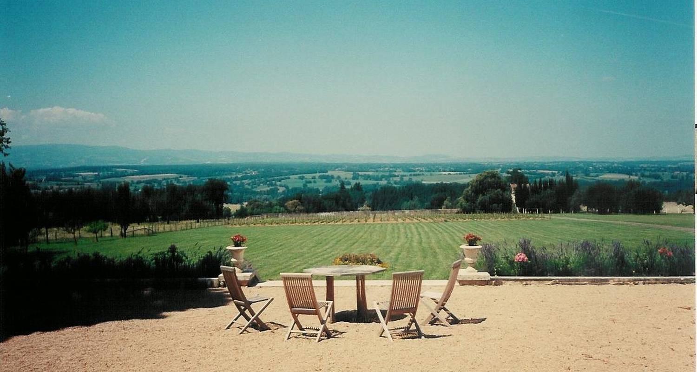 Chambre d'hôtes: domaine du château de marchangy à saint-pierre-la-noaille (122340)