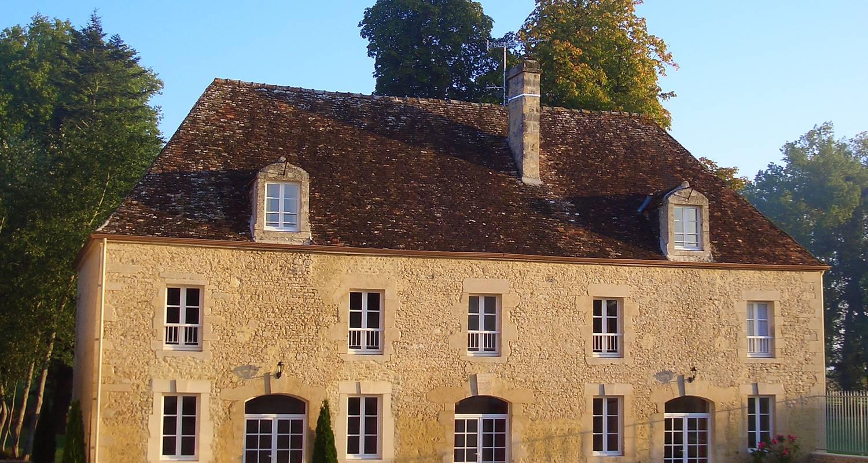 Gîte: domaine de la tour in falaise (122469)