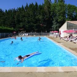 Camping la porte d 39 autan saissac 29005 for Camping a carcassonne avec piscine