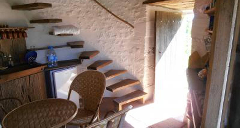 Furnished accommodation: moulin de la garenne in vibrac (122647)