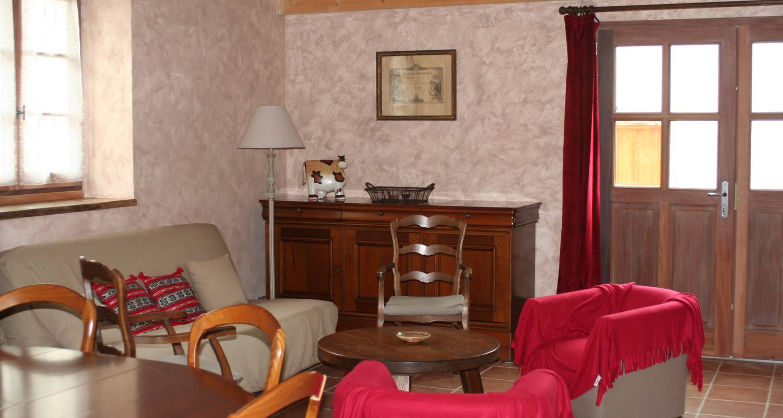 Logement meublé: gîte de la commanderie à châtenay (122680)
