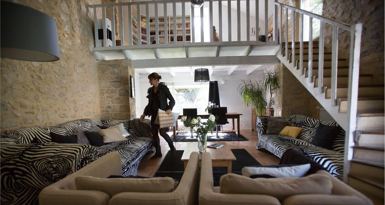 Logement meublé: bastide vieux chêne - studio 50 à condorcet (122690)