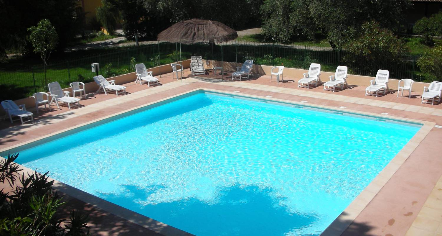 Camping pitches: camping la ferme riola in contes (122890)