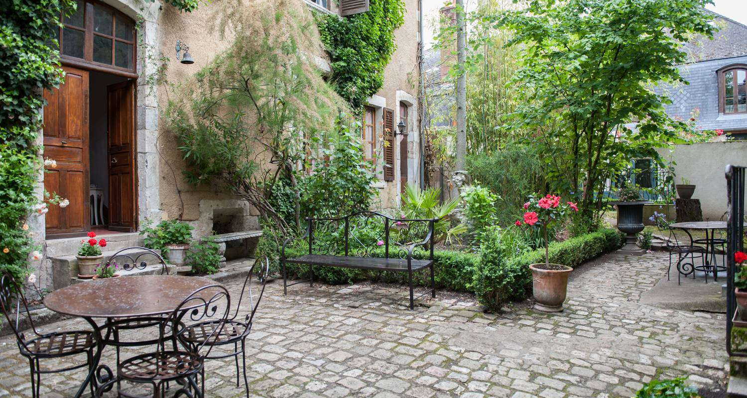 Bed & breakfast: les bonnets rouges in bourges (122974)