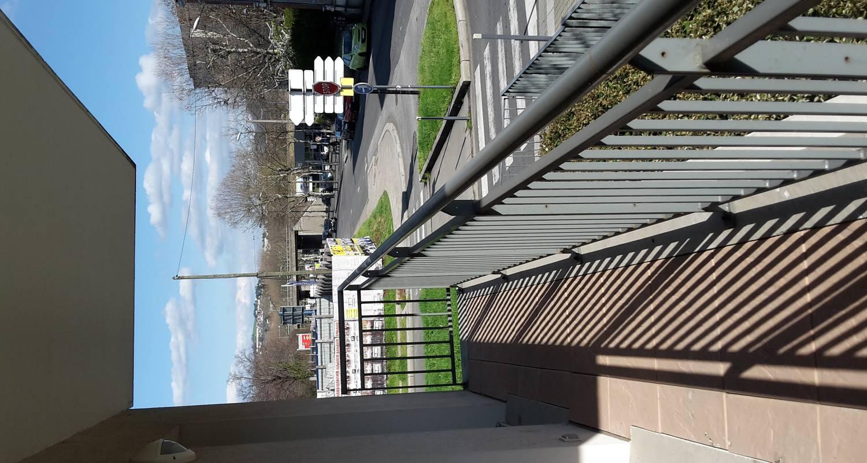 Furnished accommodation: joli studio proche du stade pour l'euro 2016  in saint-étienne (123052)
