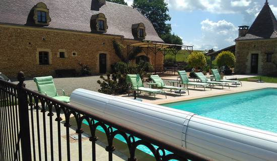 Perigourdine des 2 vallées en Périgord  Noir avec piscine privée