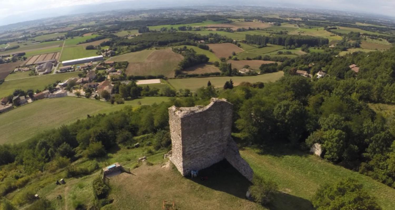 Activité: medieval ruins guided tour en la baume-cornillane (123353)