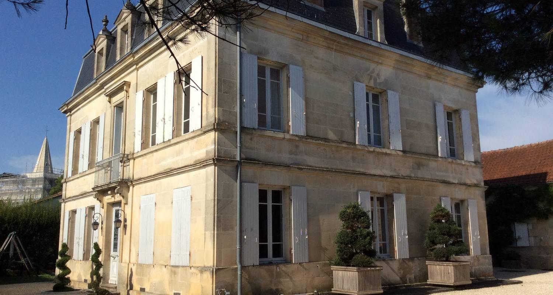 Logement meublé: maison charentaise  à cherves-richemont (123364)