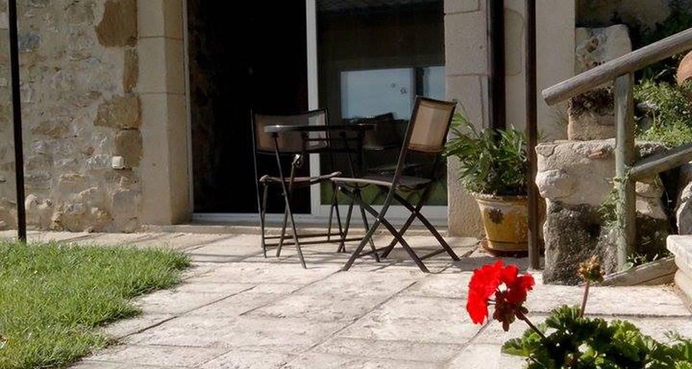 Chambre chez l'habitant: nature, convivialité et intimité à la baume-cornillane (123463)