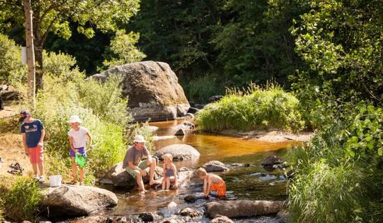 Camping éco-responsable du Pont de Braye * * *