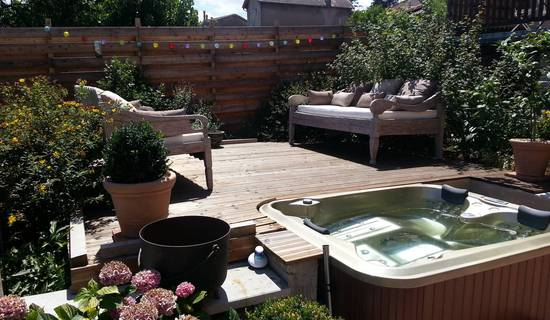 SAINT JACQUES-ROANNE  GUESTHOUSE picture