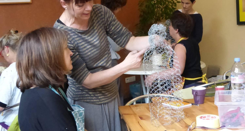 Activité: stage de sculpture papier-maché à romagnieu (124048)