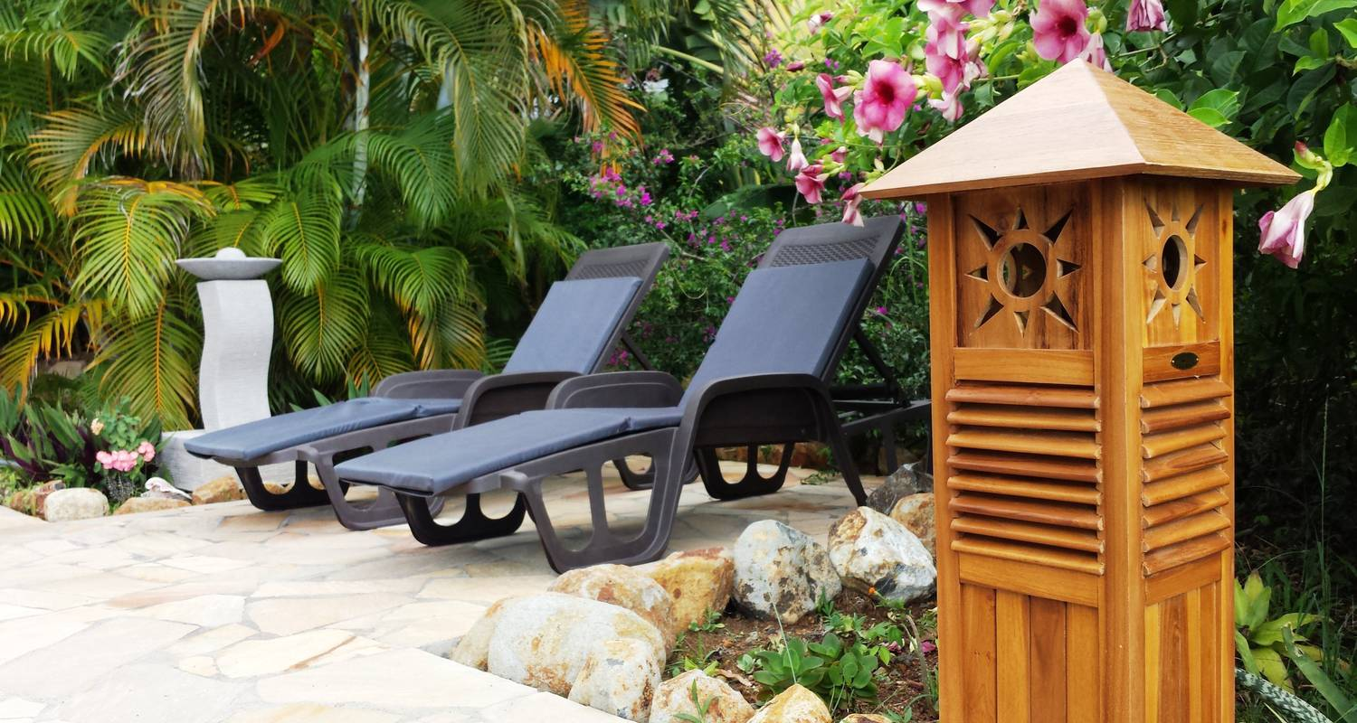 Furnished accommodation: domaine du piton bellevue - pitaya studio with sea view, swimming pool and spa access in pointe-noire (124073)