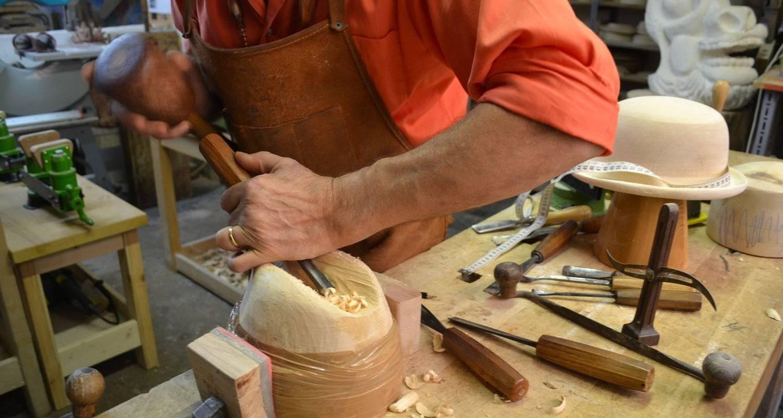 Activité: stages de sculpture sur bois à roanne (124122)