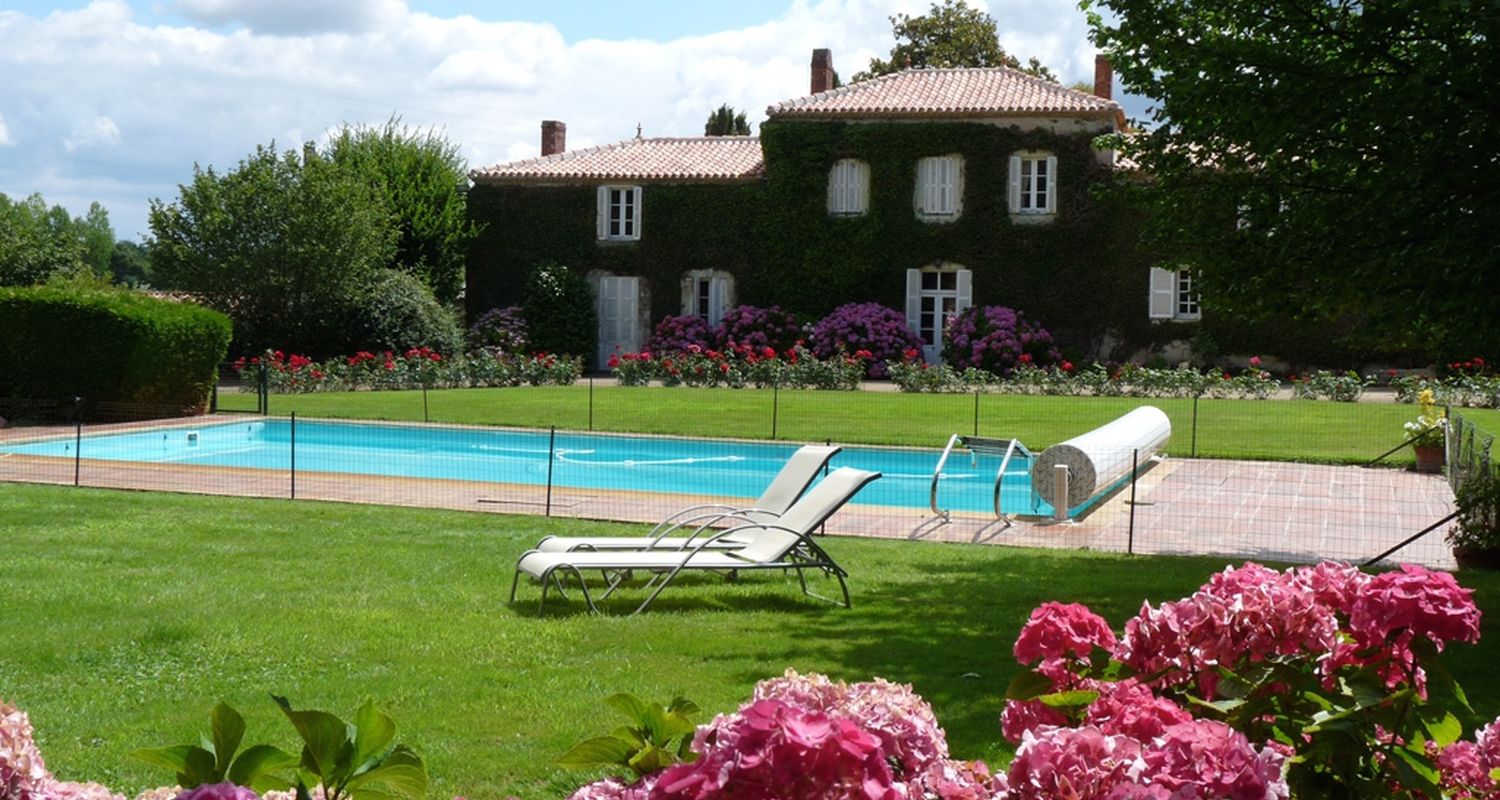 Bed & breakfast: manor le verger in saint-philbert-de-grand-lieu (124220)