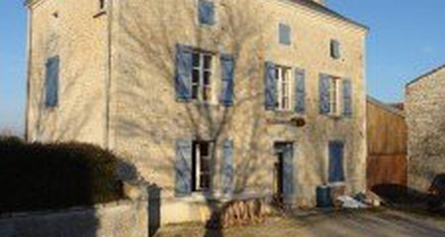 Bed & breakfast: christopher leguy in courcôme (124267)