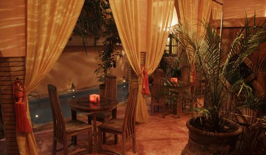 Charming Riad Azenzer - with swimmingpool