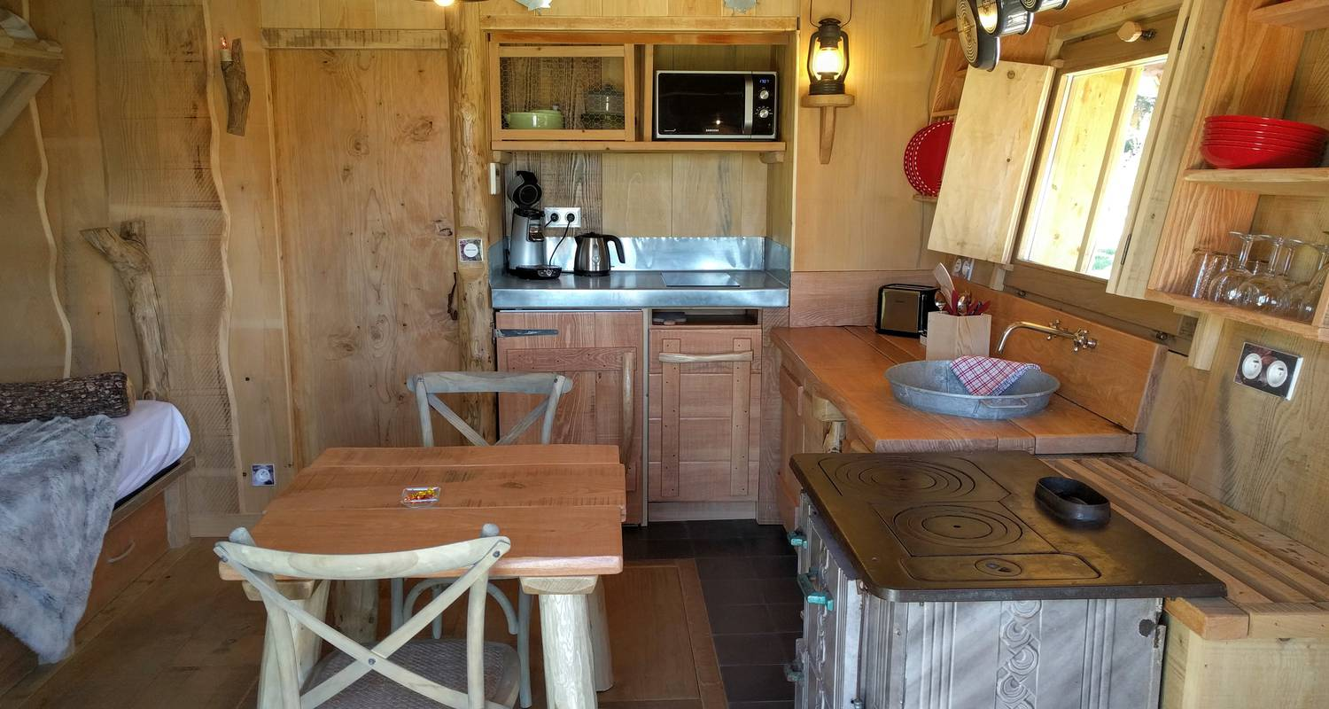 Other kind of rental accommodation: cabane de trappeur in upie (124403)