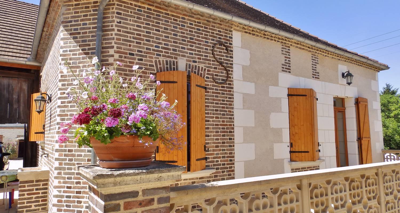 Casa rurale: gite la colin'othe en bucey-en-othe (124604)