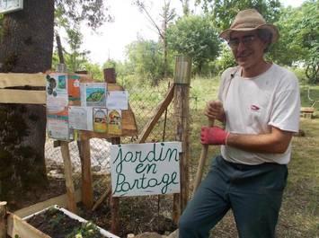 Chantier participatifs nature, participation aux travaux du potager bio en partage en permaculture. Randonnée et balade proche.
