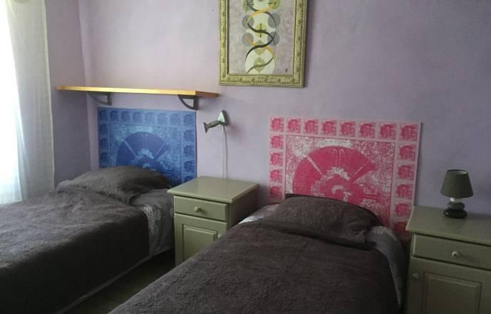 Chambre au calme pour 2 personnes dans  maison provençale