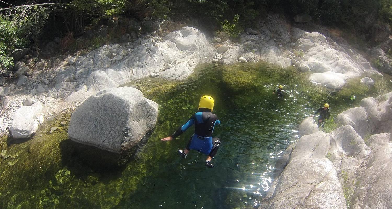 Activité: canoyak - guides de rivière à vallon-pont-d'arc (125396)