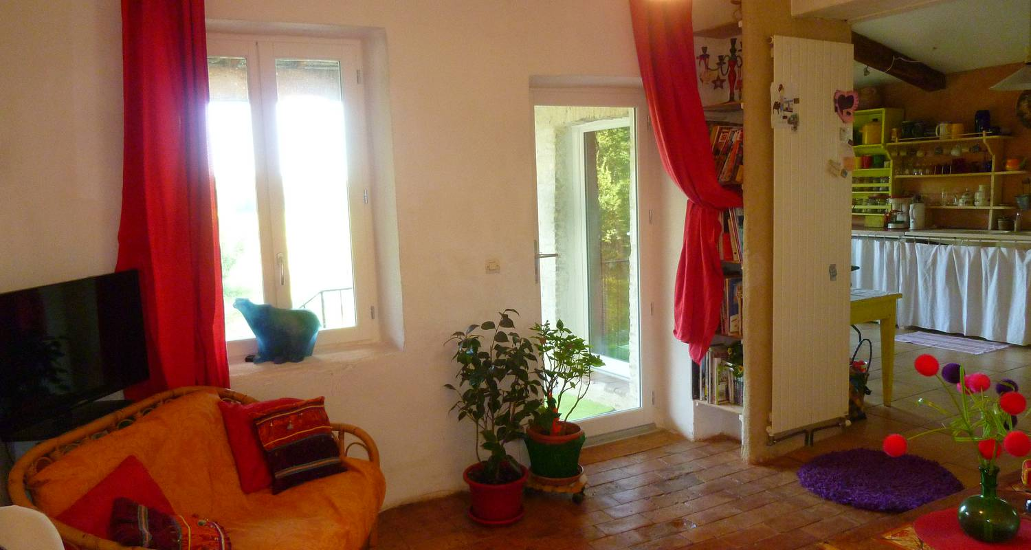 Other kind of rental accommodation: maison d'artiste, ancien couvent  in salettes (125447)
