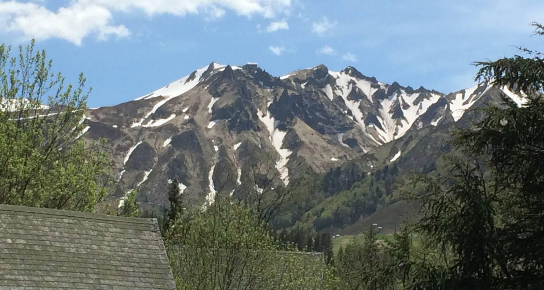 Logement meublé: charmant chalet de montagne à mont-dore (125500)