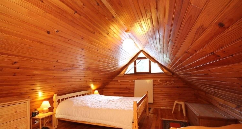 Logement meublé: charmant chalet de montagne à mont-dore (125499)
