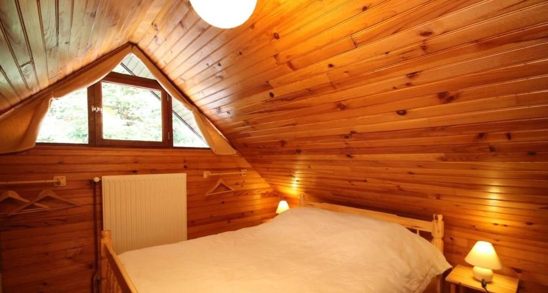Logement meublé: charmant chalet de montagne à mont-dore (126002)