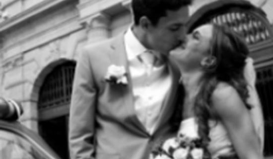 Mariage à paris en 2CV picture