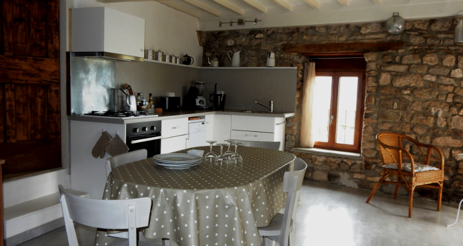 Furnished accommodation: le jardin aux abeilles in marsanne (125732)