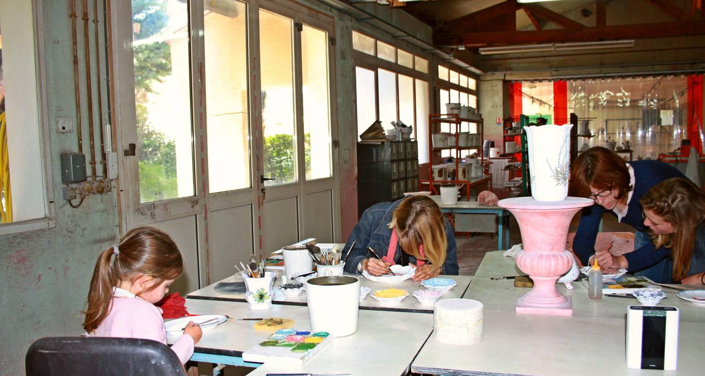 Activité: atelier decouverte decoration sur faience à moustiers-sainte-marie (125797)