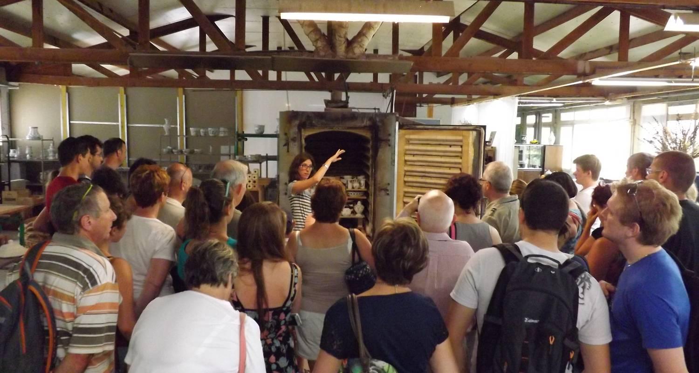 Activity  visite guidée des ateliers de fabrication de faïence in  moustiers-sainte-marie 268364d4932