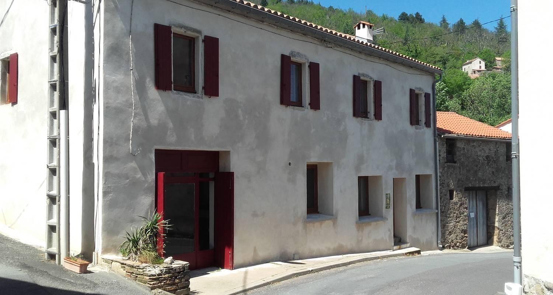 Gîte de groupe: gîte de groupe lo cornabiau à saint-vincent-d'olargues (126004)