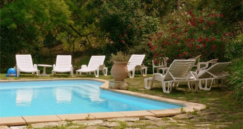 Gîte: résidence de l'acacia - appartements et studios de vacances - maison à saint-andré-de-roquepertuis (126026)