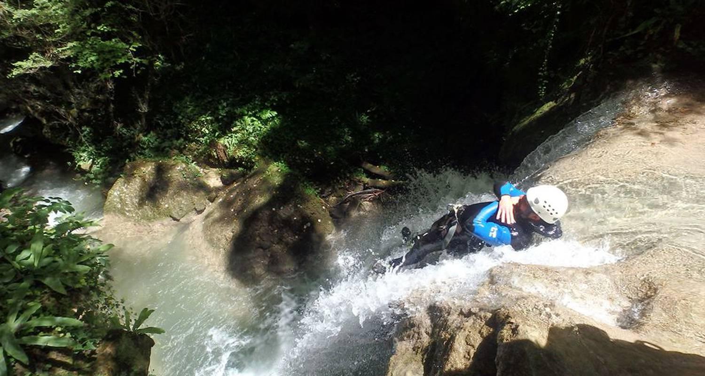Activité: canyoning & sensations rafraîchissantes à pont-de-l'isère (126036)