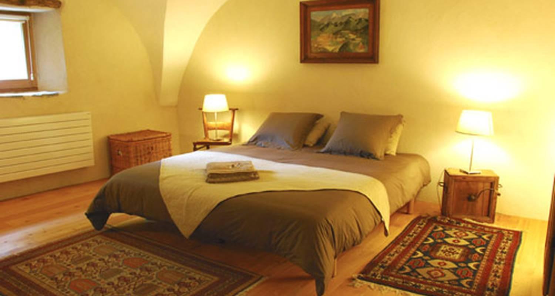 Chambre d'hôtes: la ferme de beauté chambre d'hôtes de charme à châteauroux-les-alpes (126051)