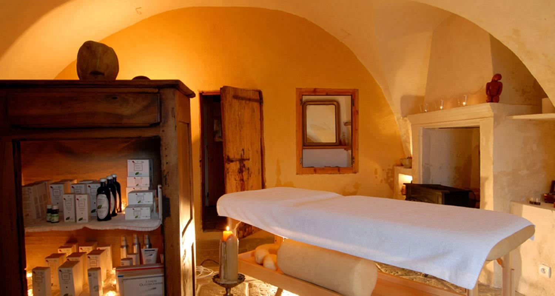 Chambre d'hôtes: la ferme de beauté chambre d'hôtes de charme à châteauroux-les-alpes (126050)