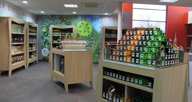Activité: découverte du savoir-faire de la distillerie ogier  à moras-en-valloire (126084)