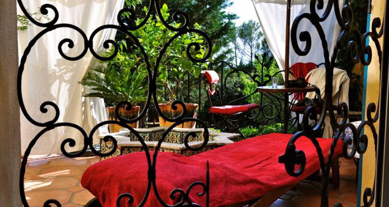 Chambre d'hôtes: suite nuptiale en spa privé à uzès (126092)