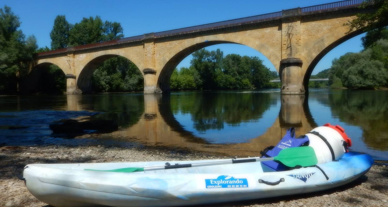 Activité: canoë kayak à groléjac (126138)