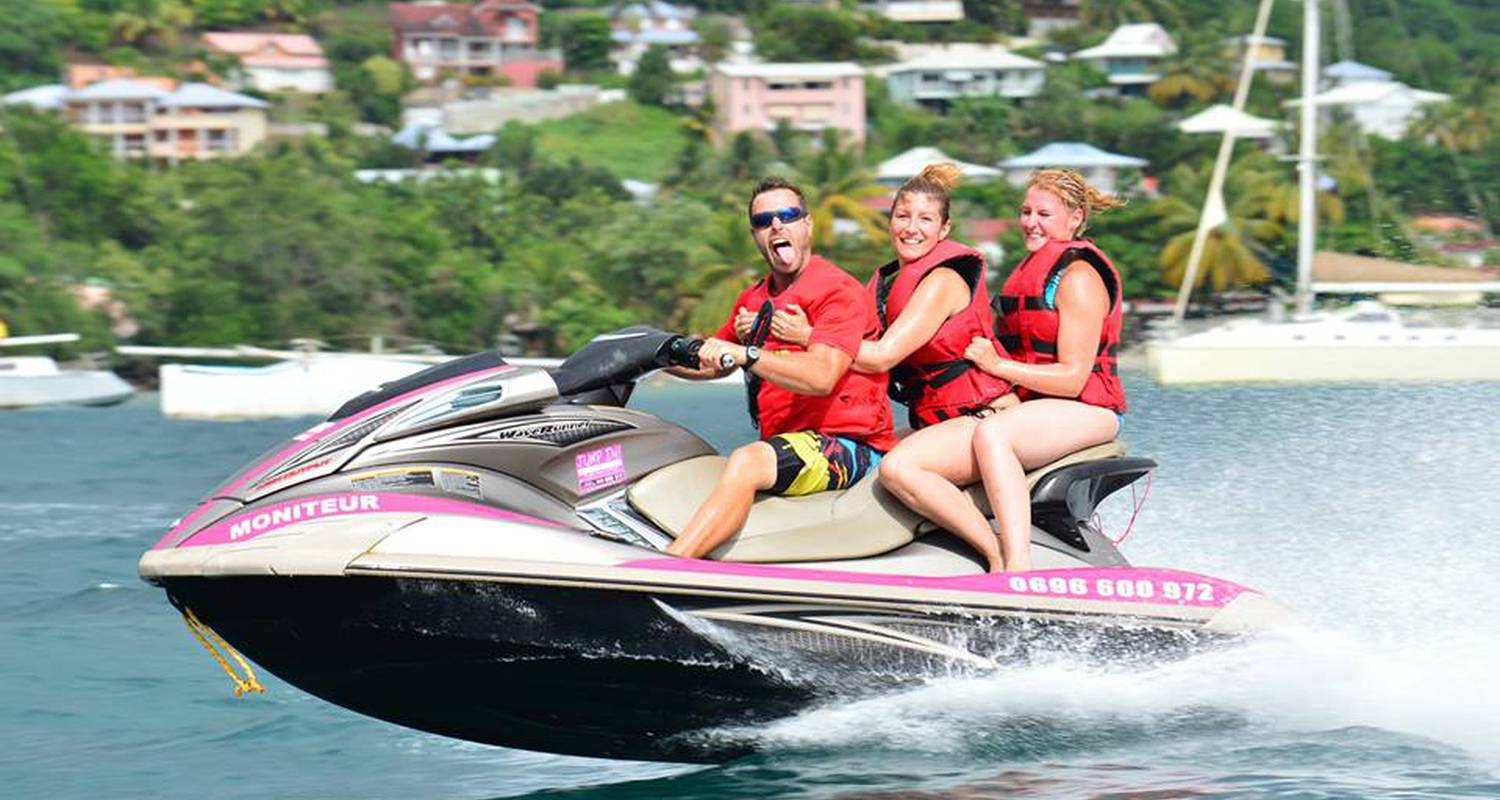Activity: jetski, flyboard, donuts, sofa, banana rides, kayak, paddle - anse à l'ane, martinique in les trois-îlets (126184)